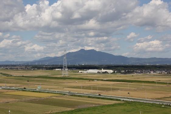 展望台からの筑波山