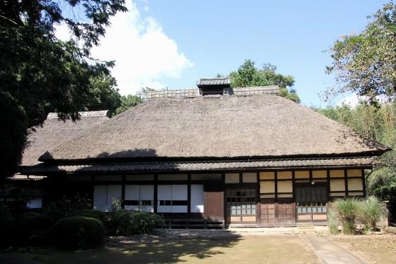 茅葺の生家