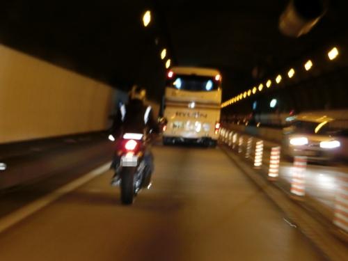鐵子の小屋 009_1トンネル