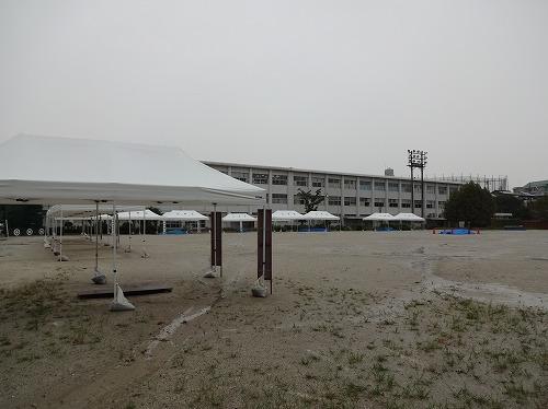 雨天中止の防災訓練会場の北山小学校
