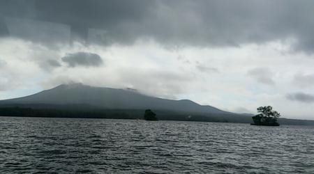 剣ヶ峰は最後まで雲の中でした。
