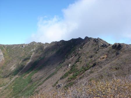 なかなかスリリングな岩場コースでした。