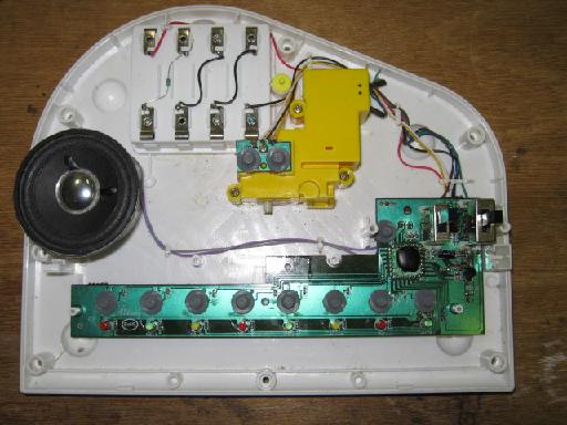 光るファーストピアノの修理(CPUサブボード半田浮き)外観2