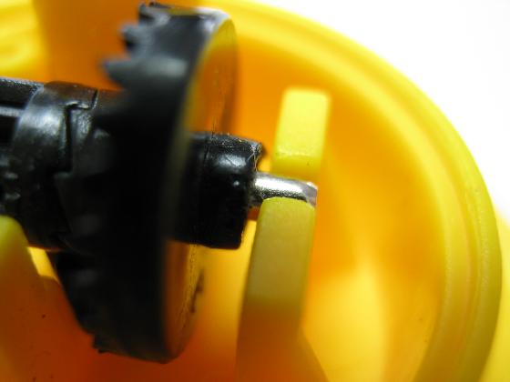 絵が廻る聴診器ベネッセの修理(ギヤ摩耗)治療1