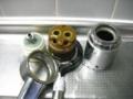 台所水栓分解