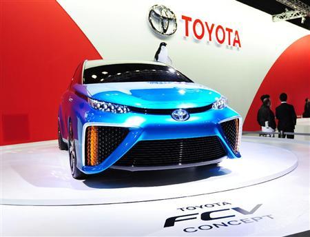 トヨタ自動車 燃料電池車