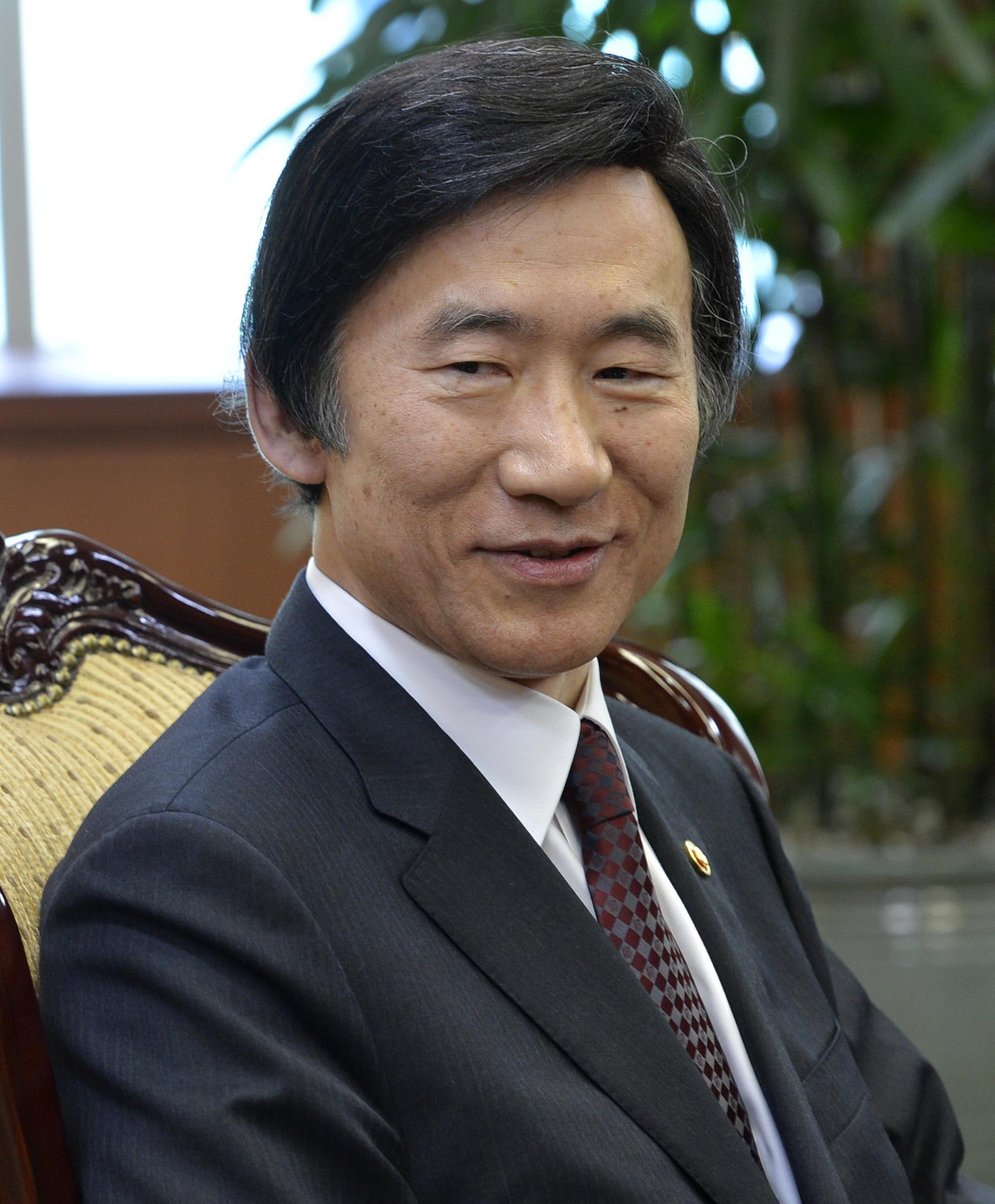韓国・尹炳世外相