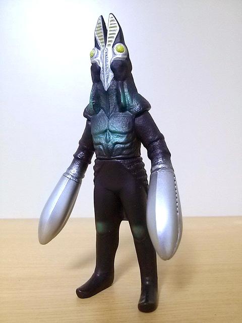 プレイヒーロー ウルトラマン対決セット バルタン星人3代目