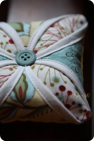 pincushion01b.jpg