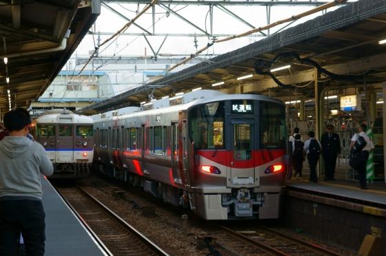 201410jr227_hiroshimaeki-1.jpg