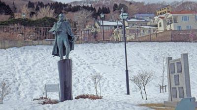 元町公園のペリーの像