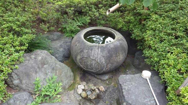 天竜寺墓地の水琴窟