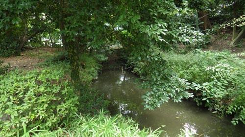 神田上水の庭園からの出口へ