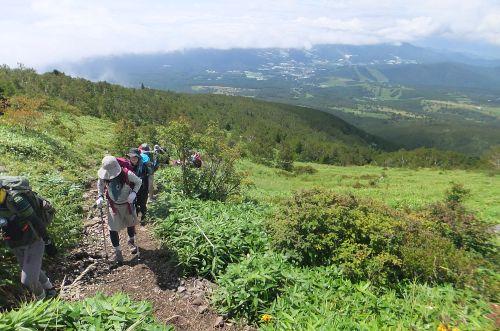 根子岳への急登