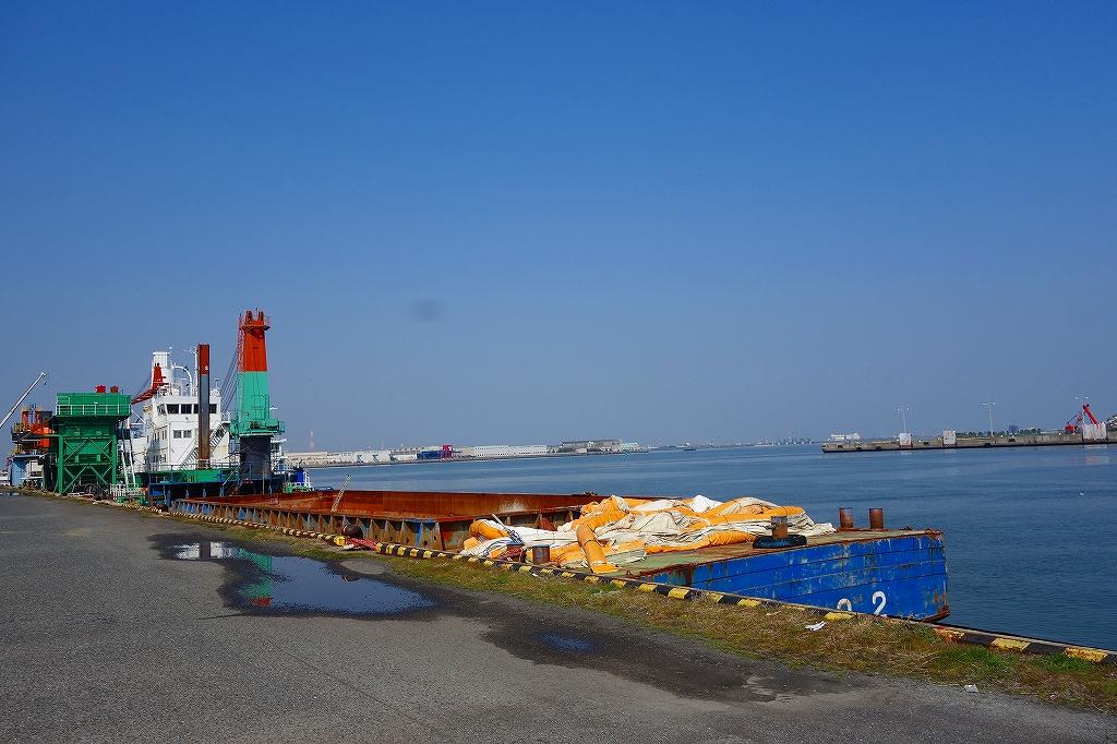 名古屋港にて7