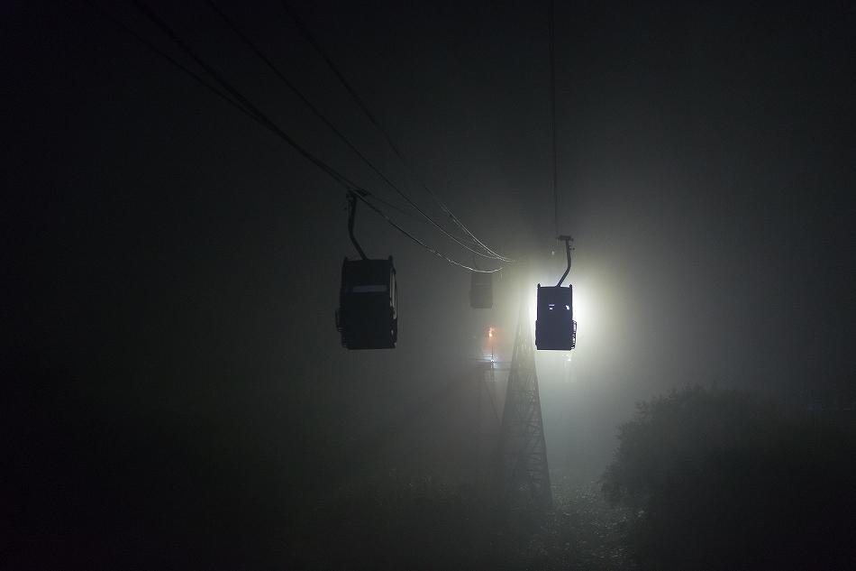 雲じゃない霧だ-3