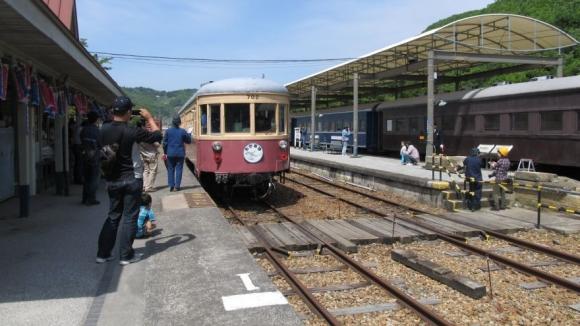 吉ヶ原駅ホーム