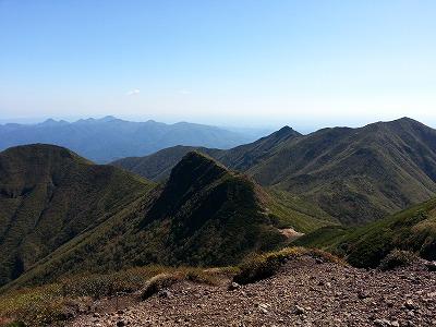 斜里岳山頂より南方