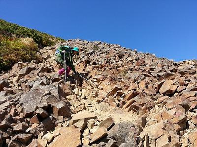 斜里岳山頂直下下山