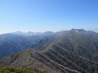 伏見岳山頂よりピパイロ方向