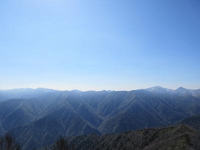 伏見岳山頂より南日高山脈