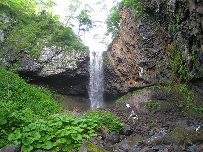 クテクンの滝