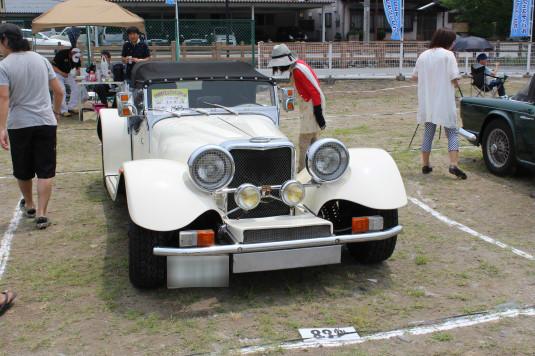 クラシックカーフェスティバル 車