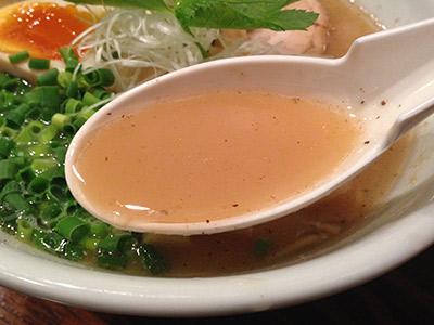 ほっぺ家和風醤油スープ