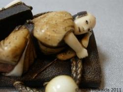 © 陽佳 2011「浮世の夢」~京都清宗根付館 所蔵 ~image128.jpg