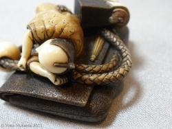 © 陽佳 2011「浮世の夢」~京都清宗根付館 所蔵 ~image138.jpg