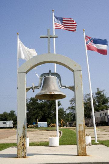 blog 90E Biloxi, St. Michael Catholic Church, Mississippi Borde, AL_DSC0115-8.29.09.(1).jpg