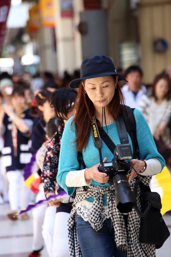 雀踊り観覧者0602