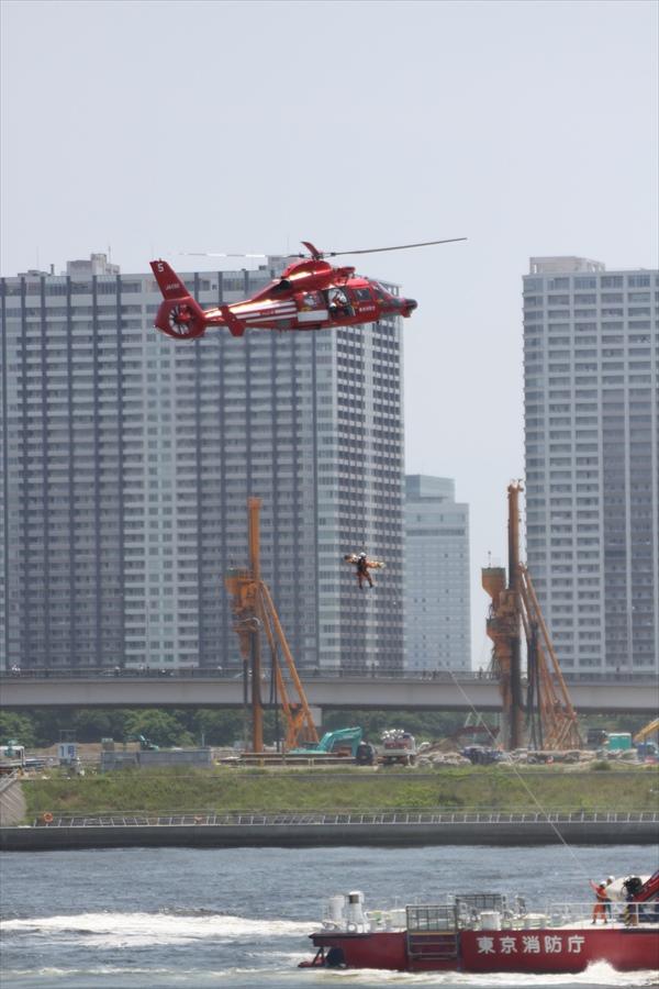 東京みなと祭り05ヘリ09