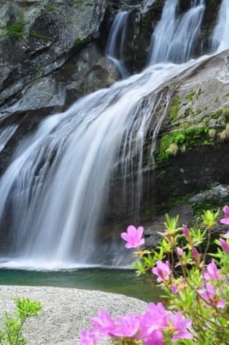 4アメガエリの滝14.05.03