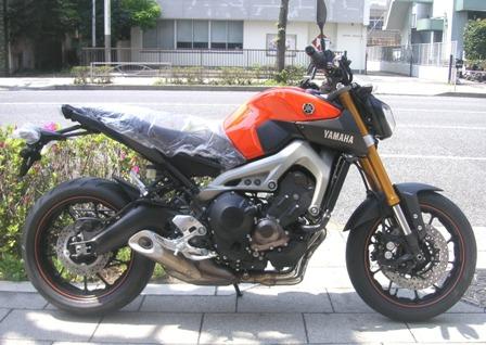 MT-09・ABSオレンジ新車