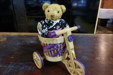 ベァーと三輪車