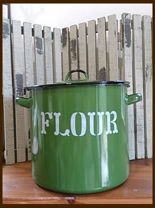 Flower缶