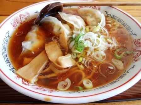 羽幌えびタコ餃子ラーメン