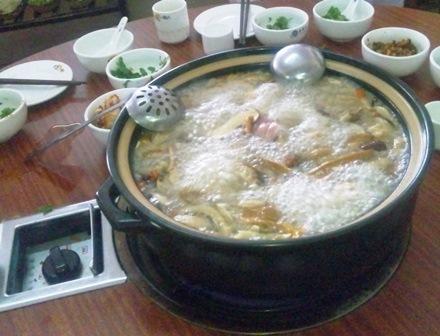 菌湯土鶏鍋