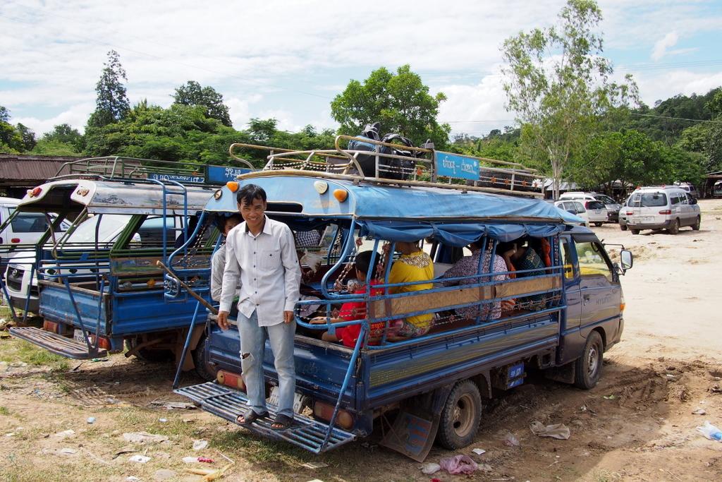 CrossBorderThai-Laos_1408-403.jpg