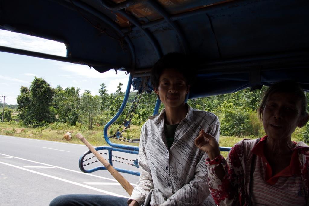 CrossBorderThai-Laos_1408-407.jpg