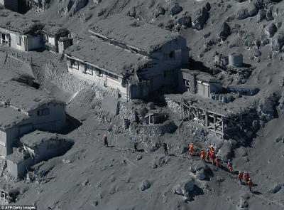 ontake-volcano-photo-2.jpg