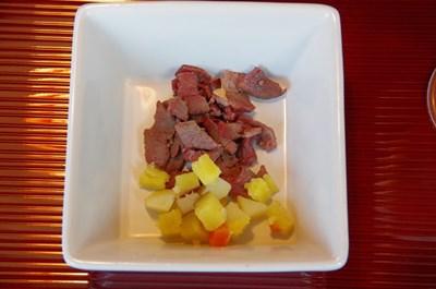 マロンの夕食馬肉