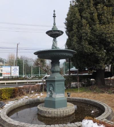 其の134 津久井町の横浜水道創設記念噴水塔 - 横浜水道みちを行く