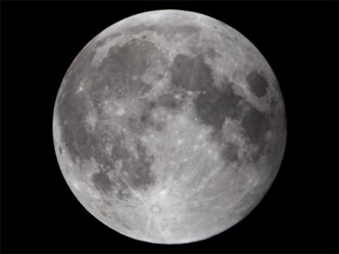 【皆既月食2014年10月08日】21時59分