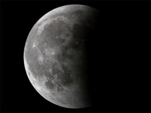 【皆既月食2014年10月08日】21時17分