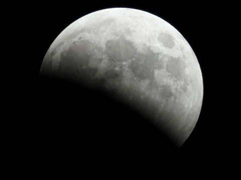 【皆既月食2014年10月08日】18時43分