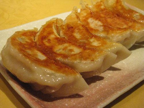 中華料理 餃子 「新世界菜館」 神保町