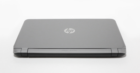 HP ENVY 15-k014tx_背面_02