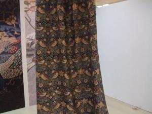 川島織物セルコン いちご泥棒